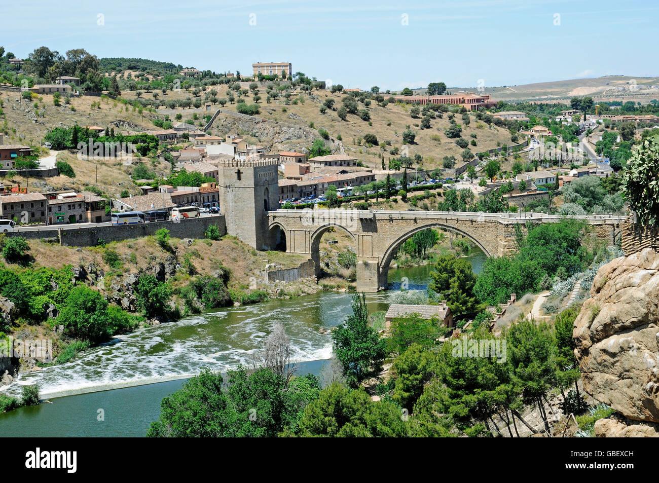 Puente de San Martin, Tajo river, Toledo, Castile-La Mancha, Spain - Stock Image