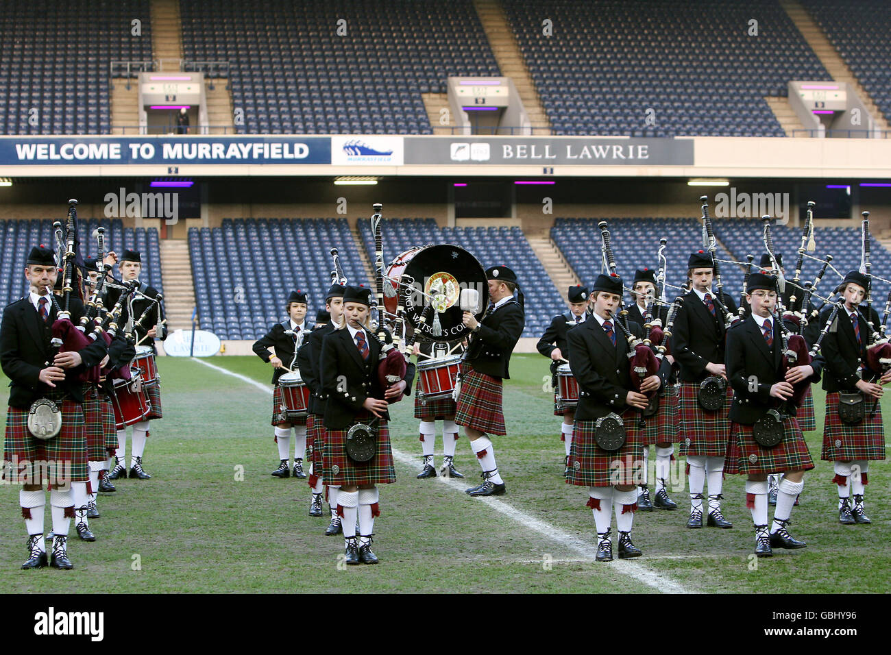 Rugby Union - Bell Lawrie Scottish Schools Cup finals Day - Under 15's - Edinburgh Academicals v George Watson's Stock Photo