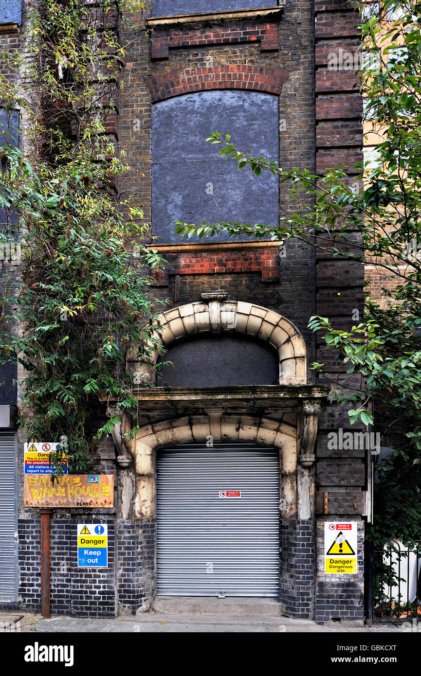 A disused building, central London, England, United Kingdom, Europe - Stock Image