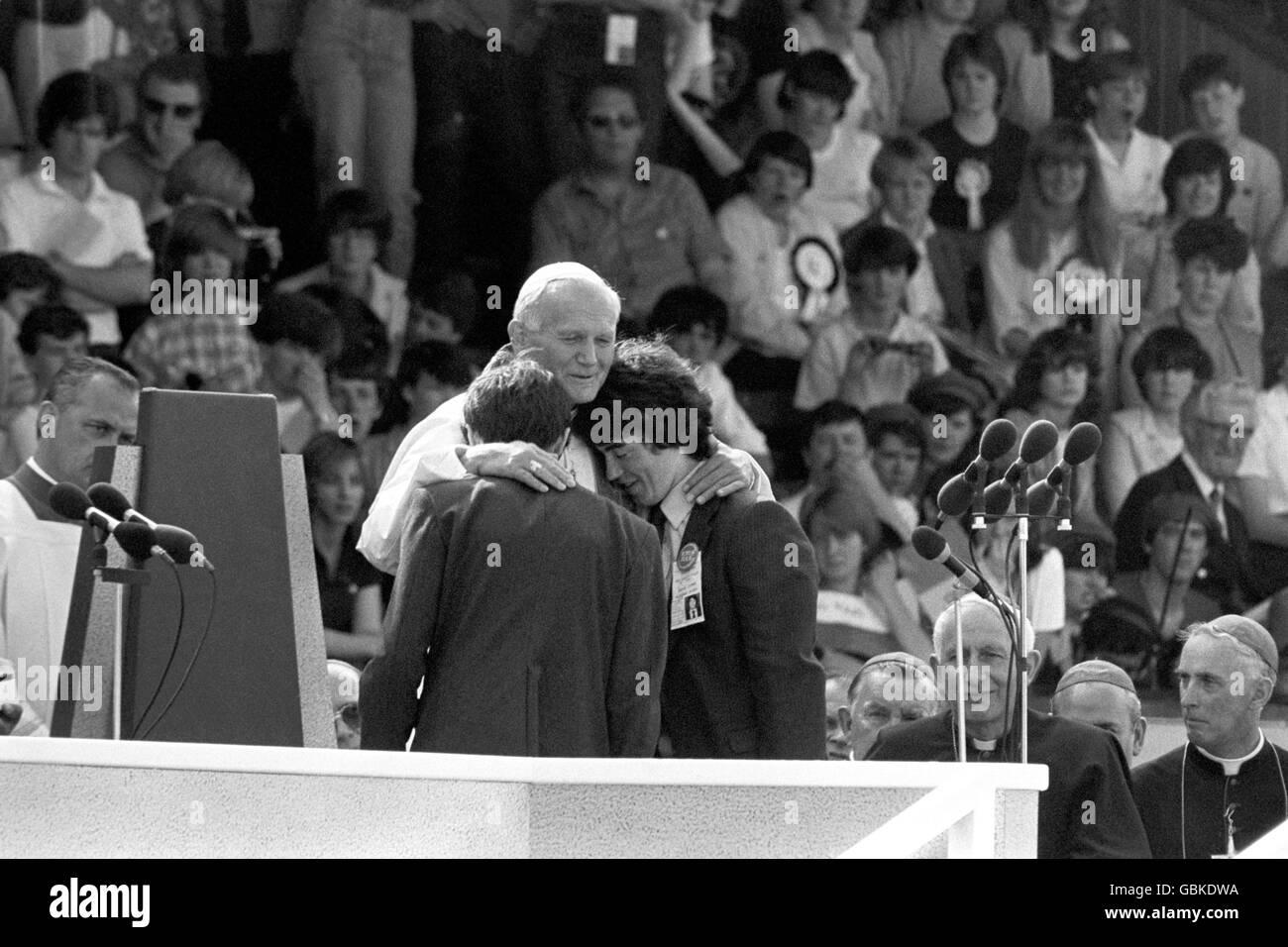 Religion - Pope John Paul II Visit to Britain - Ninian Park - Cardiff Stock Photo