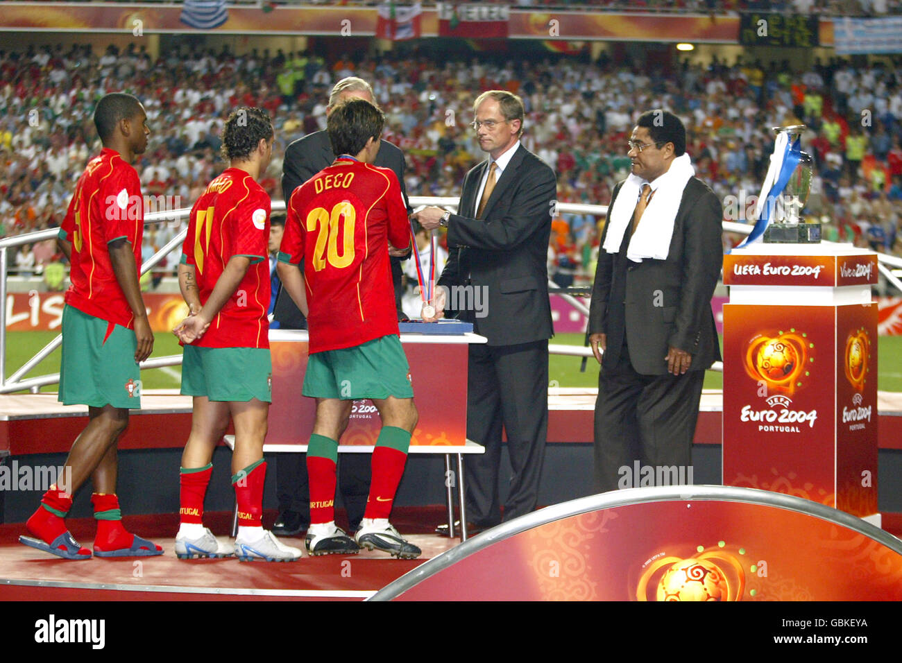 Soccer - UEFA European Championship 2004 - Final - Portugal v ...