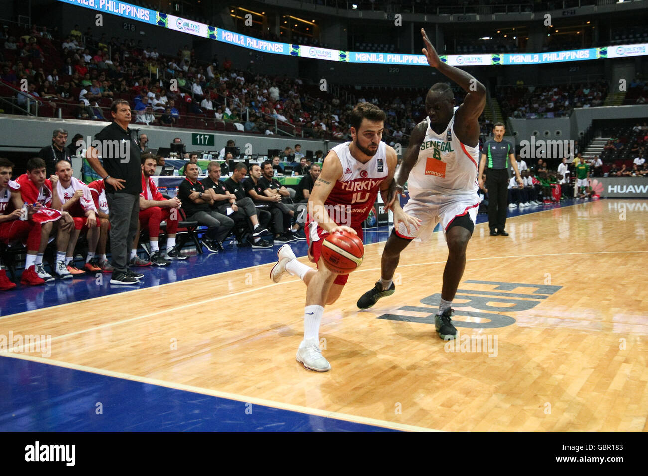 Philippines. 7th July, 2016. Turkey and Senegal battled for the semifinals at the Mall of Asia Arena in Pasay City - Stock Image