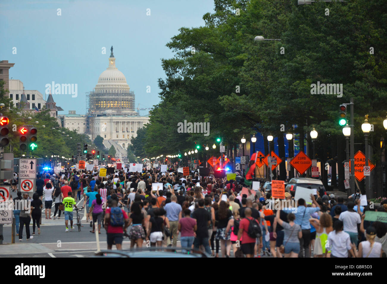 Washington, DC, USA. 7th July, 2016. Hundreds of Black Lives Matter protesters march from the White House to the - Stock Image