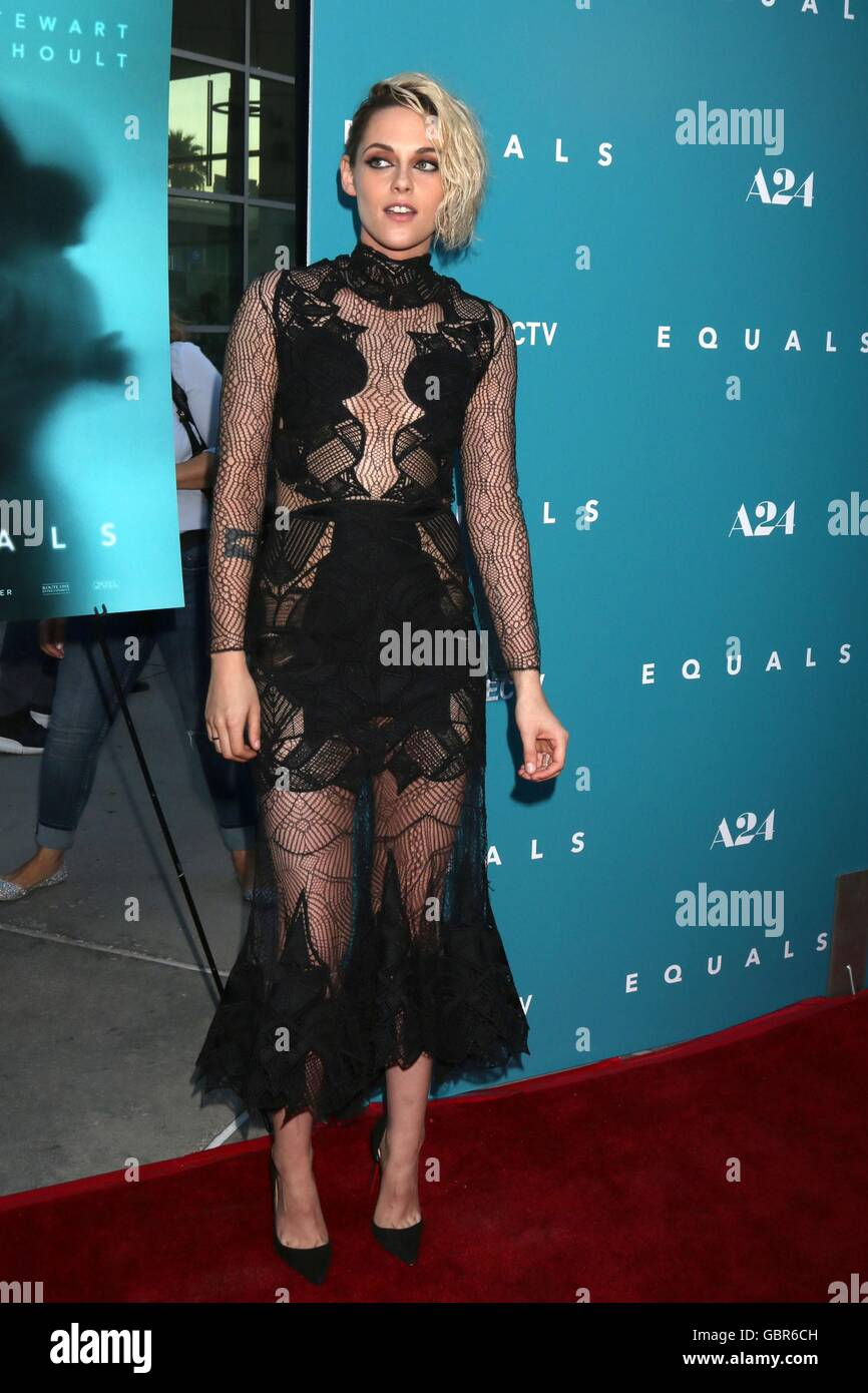 Los Angeles, CA, USA. 7th July, 2016. Kristen Stewart at arrivals for EQUALS Premiere, Arclight Hollywood, Los Angeles, Stock Photo