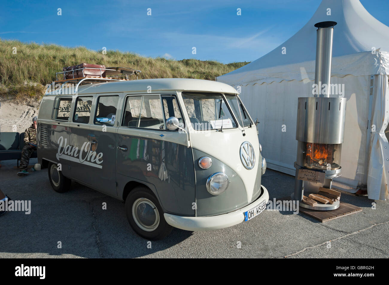VW bus, Westerland, Sylt, North Frisia, Schleswig-Holstein, Germany / Oldtimer, GP Joule Windsurf World Cup - Stock Image