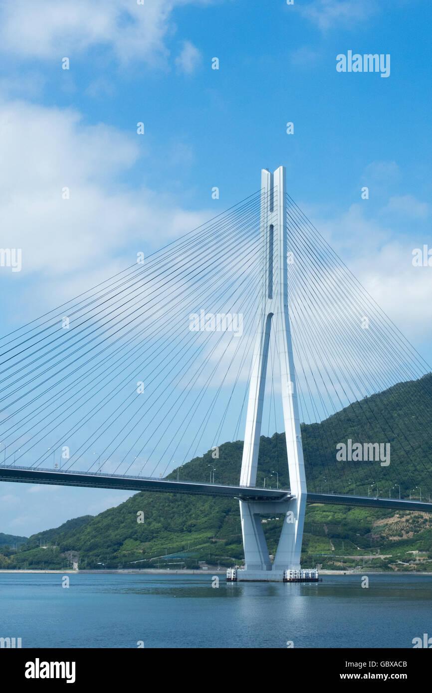 Tatara Bridge connecting the islands of Omishima and Ikuchi in the Seto Inland Sea between Honshu and Shikoku. - Stock Image