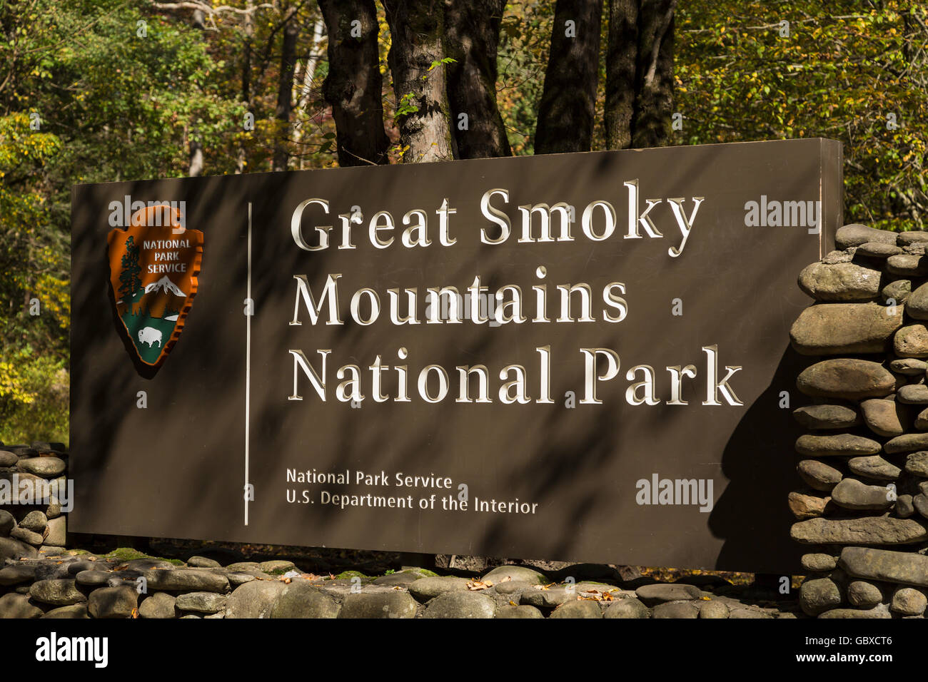 Entrance sign to Great Smoky Mountains National Park, NC, USA - Stock Image