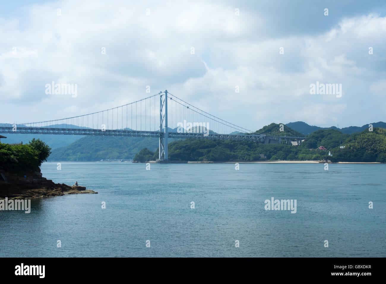 Innoshima Bridge connecting the islands of Innoshima and Mukaishima in the Seto Inland Sea between Honshu and Shikoku. - Stock Image