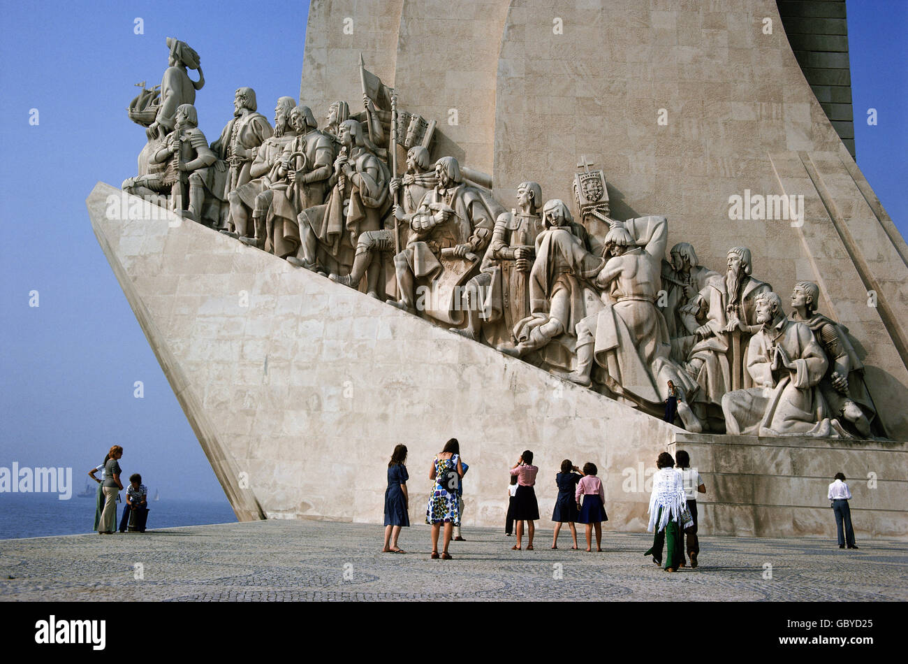 geography / travel, Portugal, Lisboa, monuments, Padrao dos Descombrimentos (monument of the discoveries), tourists Stock Photo