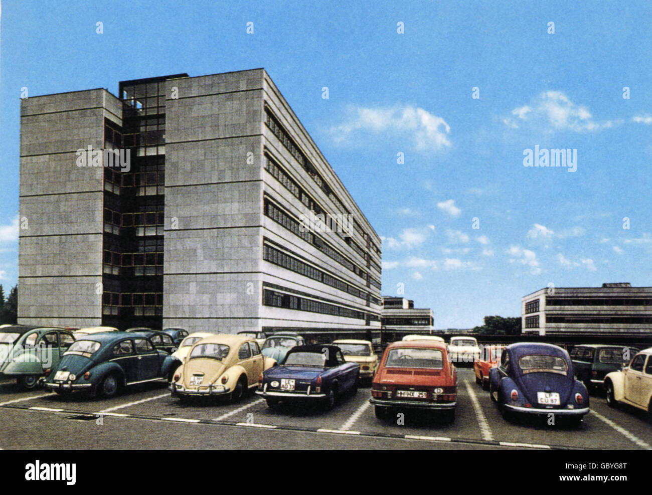 geography / travel, Germany, Bielefeld, university, parking cars, 1970s, Additional-Rights-Clearences-NA - Stock Image