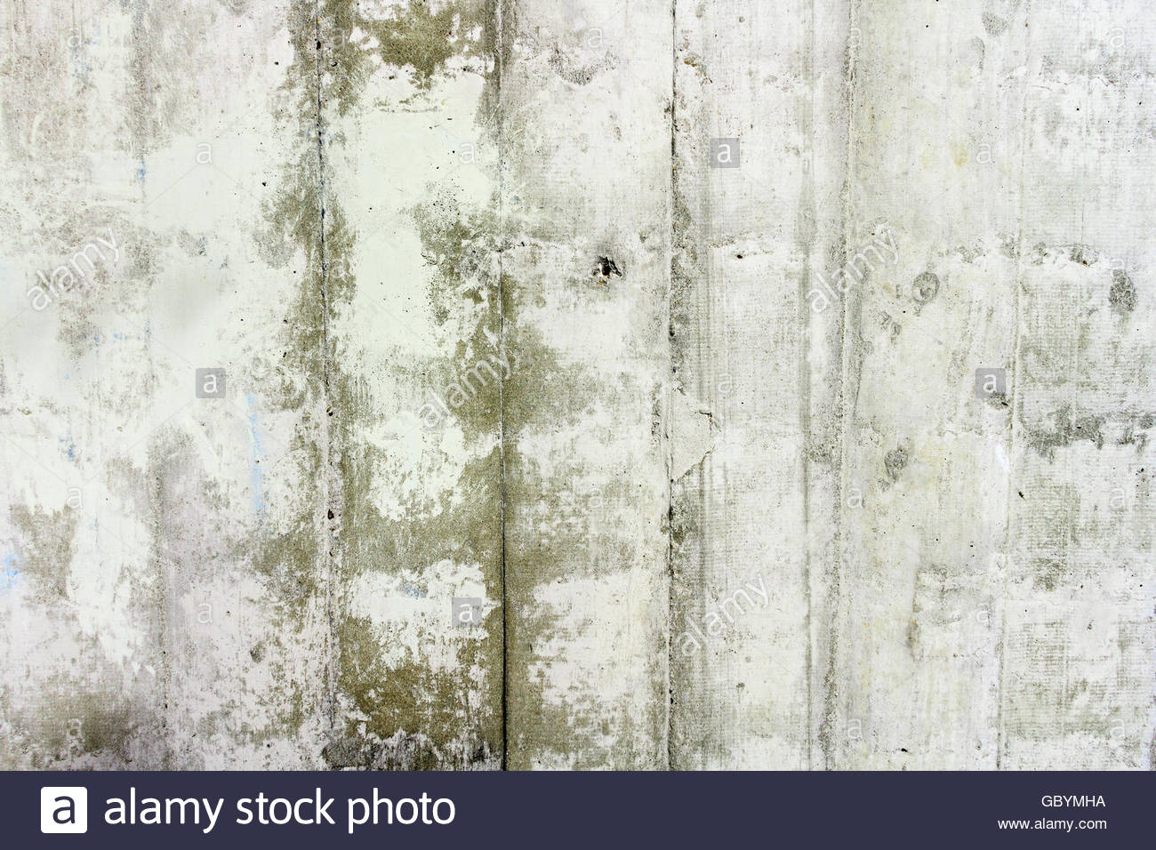Concrete wall with little hole and humidity - Stock Image
