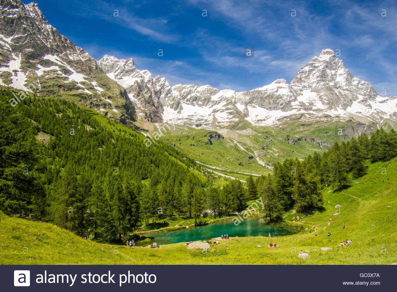 Lago Blu (Lake Blue), with the Cervino Mountain (aka Matterhorn in Switzerland), Aosta Valley, Italy. Stock Photo