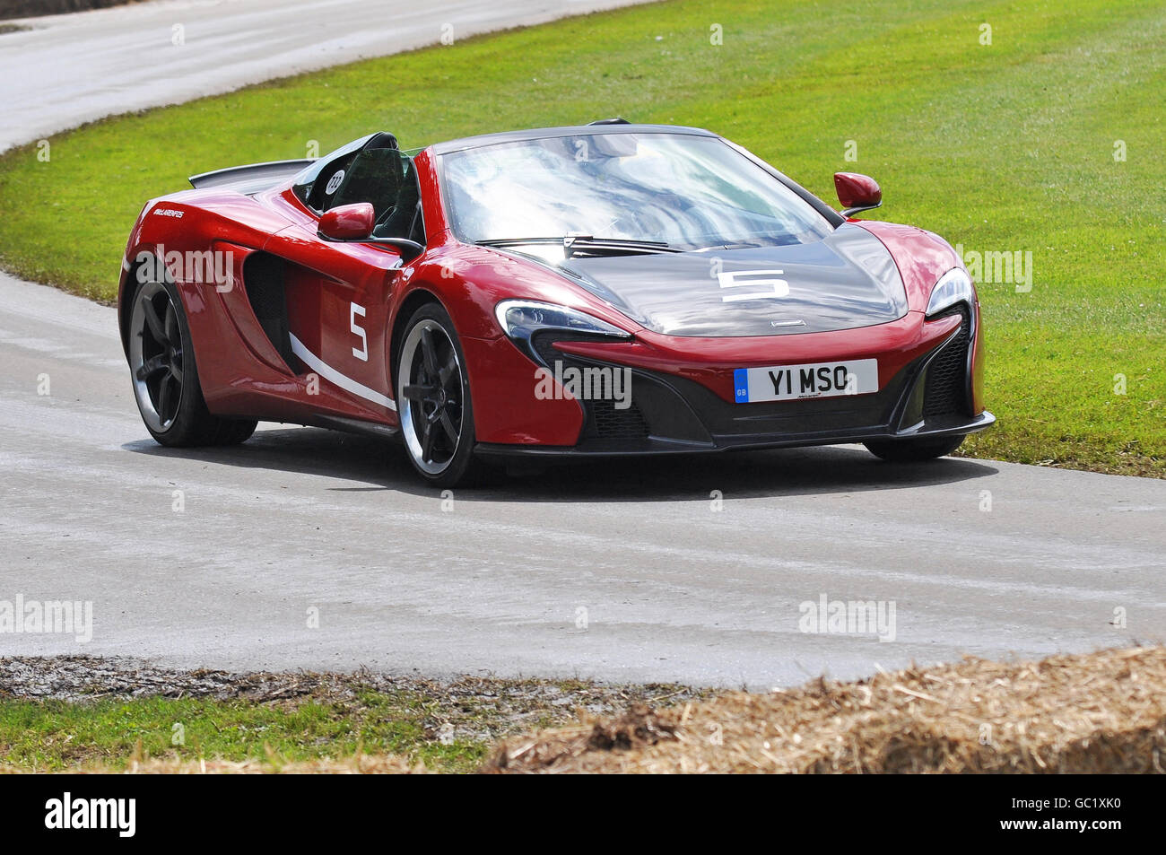 https://c8.alamy.com/comp/GC1XK0/mclaren-650s-can-am-at-the-goodwood-festival-of-speed-2016-GC1XK0.jpg
