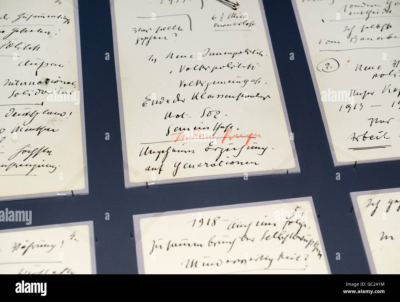 Hitler's notes of a speech given to the Reichstag, 1939. The red words, Juden frage, added by him translate - Stock Image