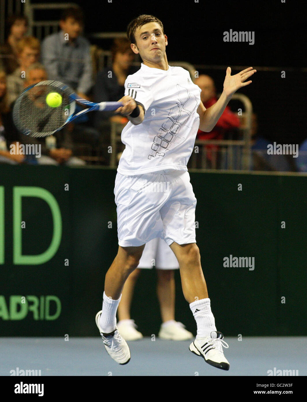 Tennis - Davis Cup - Great Britain v Poland - Day One - Echo Arena Stock Photo