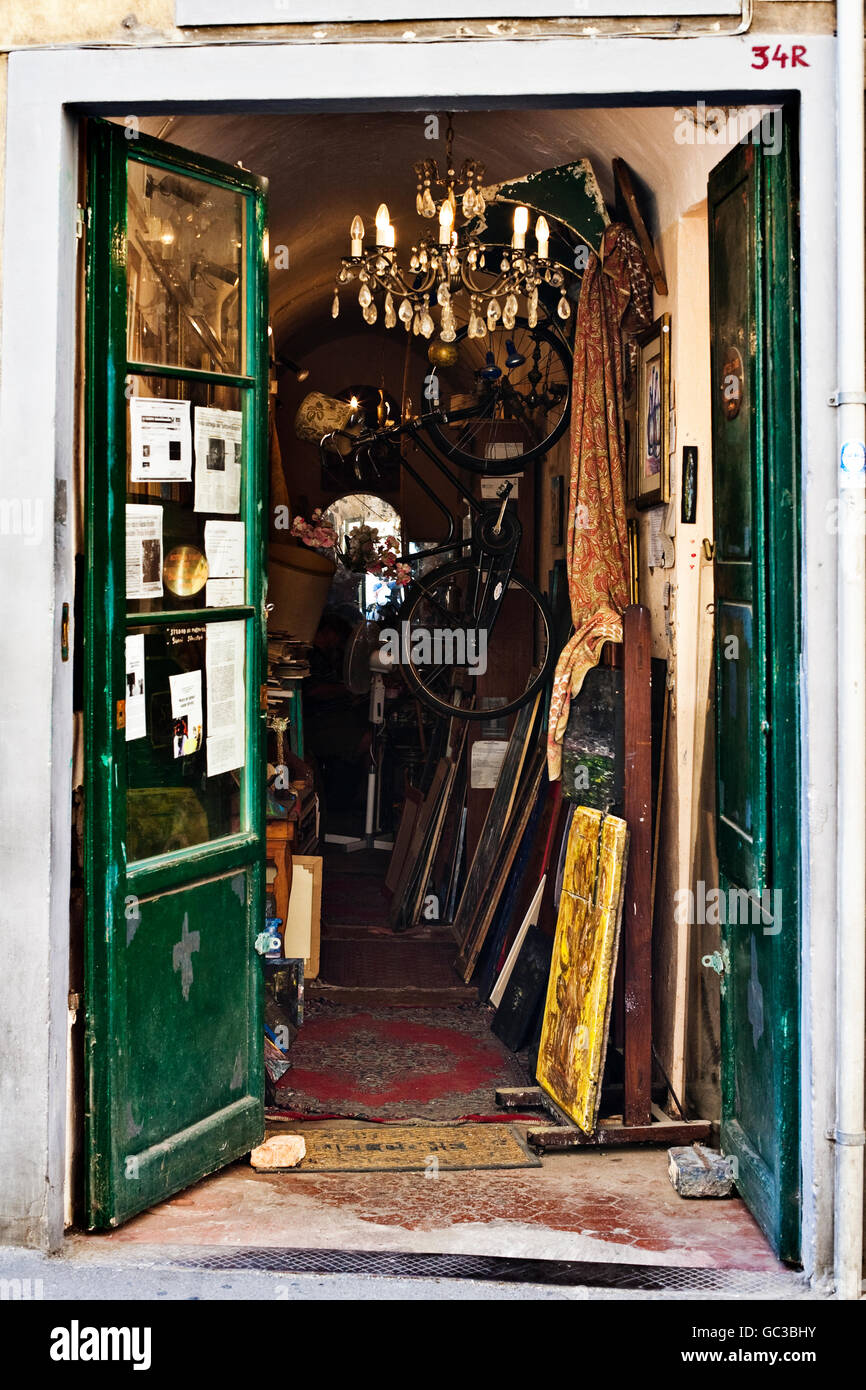Junk shop in Florence, Tuskany, Europe - Stock Image