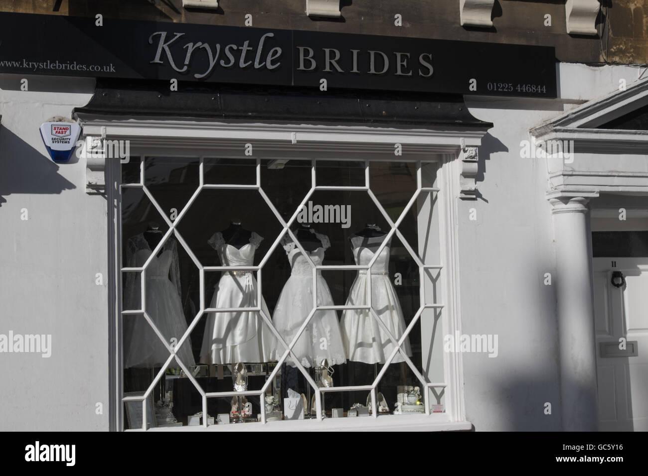 Wedding Dress Shop Window Stock Photos & Wedding Dress Shop Window ...