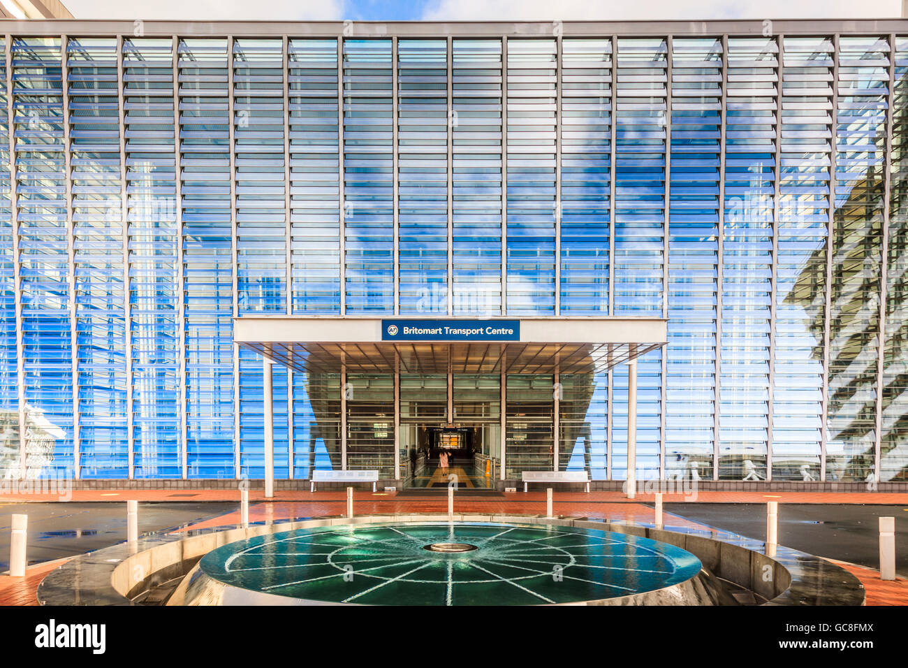 Britomart Transport Centre, glass facade and water feature, Auckland CBD, North Island, New Zealand - Stock Image