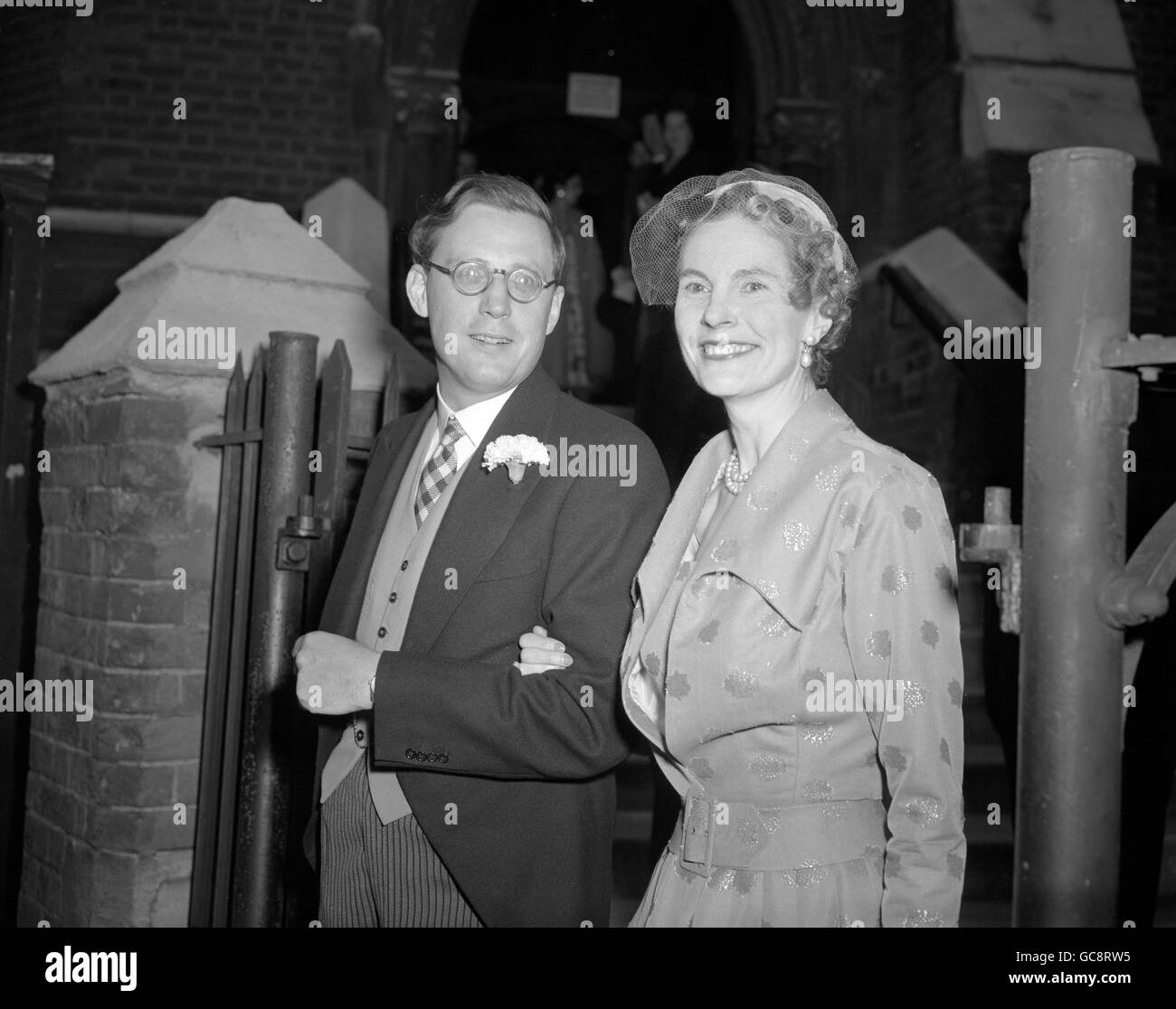 Oxford Don Weds - London - 1954 - Stock Image