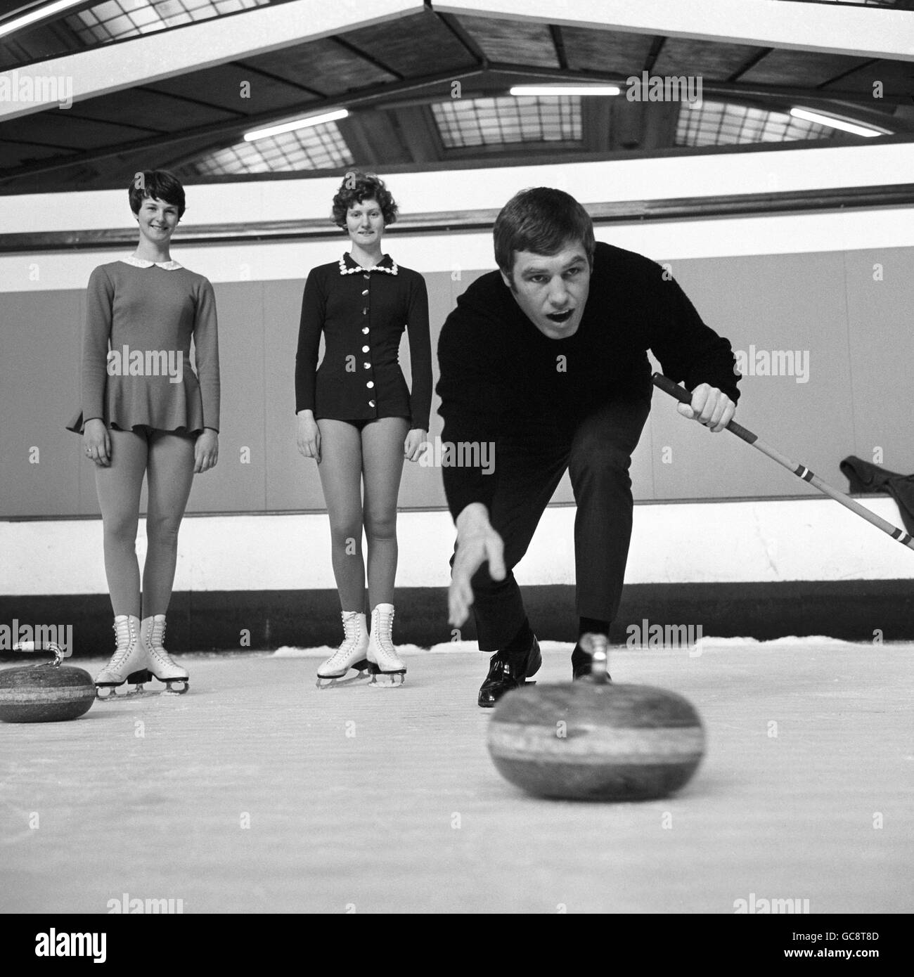 Boxing - Billy Walker Training - Richmond Ice Rink - London - 1966 - Stock Image