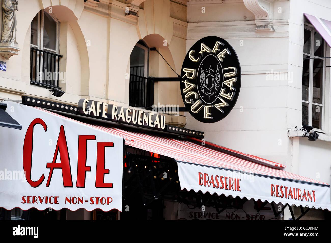 Brasserie-restaurant, rue Saint-Honoré, Paris - Stock Image