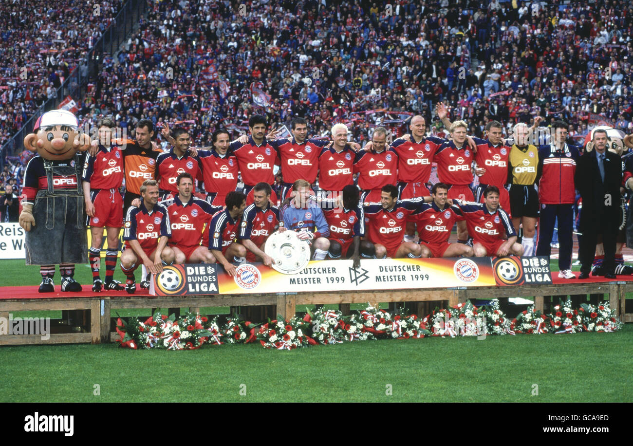 sports, soccer / football, German professional soccer league, FC Bayern Muenchen, group picture, 1998/1999, Additional - Stock Image