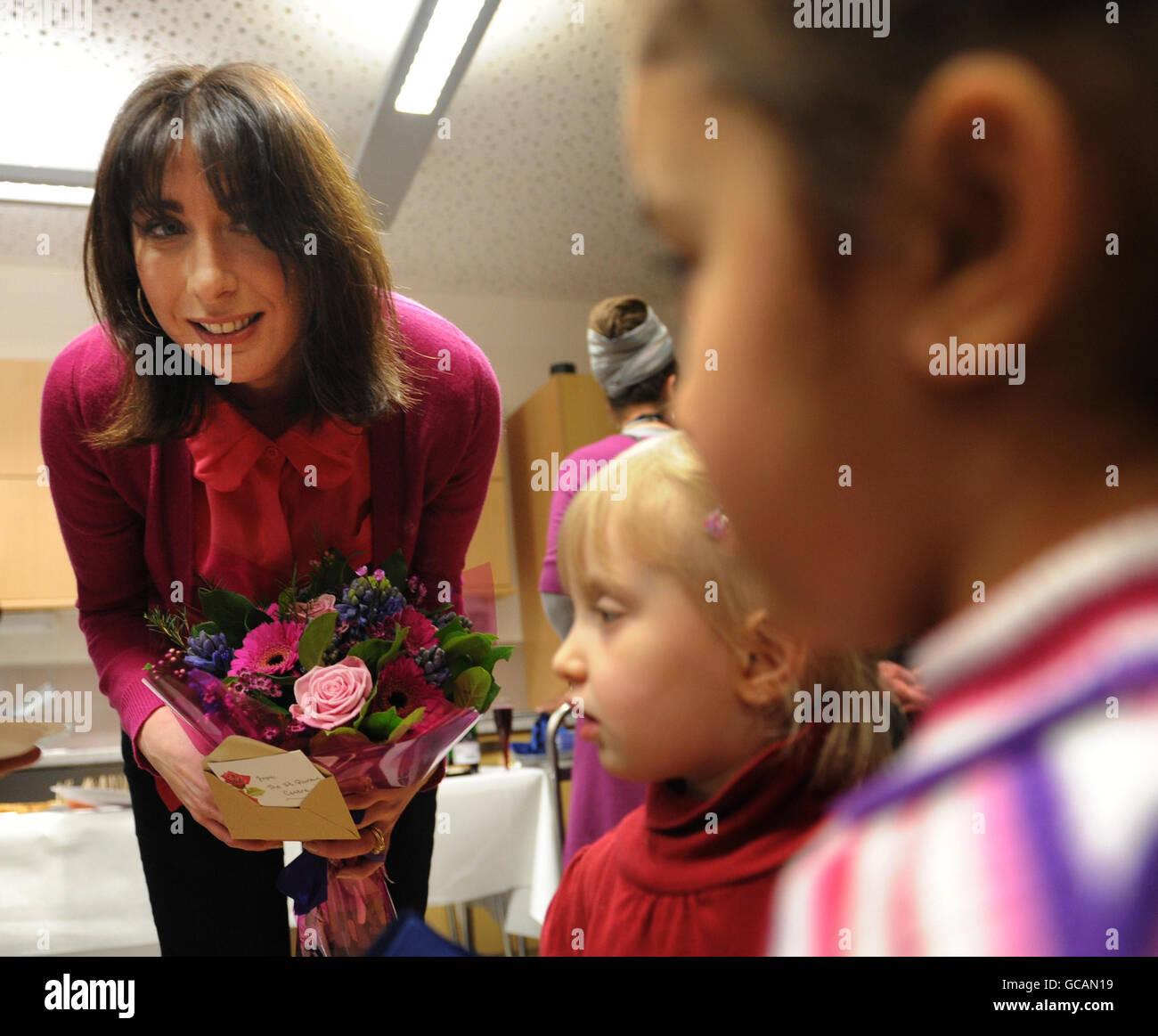 Samantha Cameron visits St Quintin Centre: Samantha Cameron, wife of Conservative leader David Cameron, meets children - Stock Image