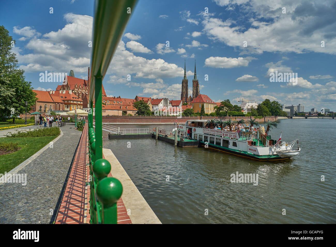Odra River Ostrow Tumski Wroclaw Wlost Boulevard - Stock Image