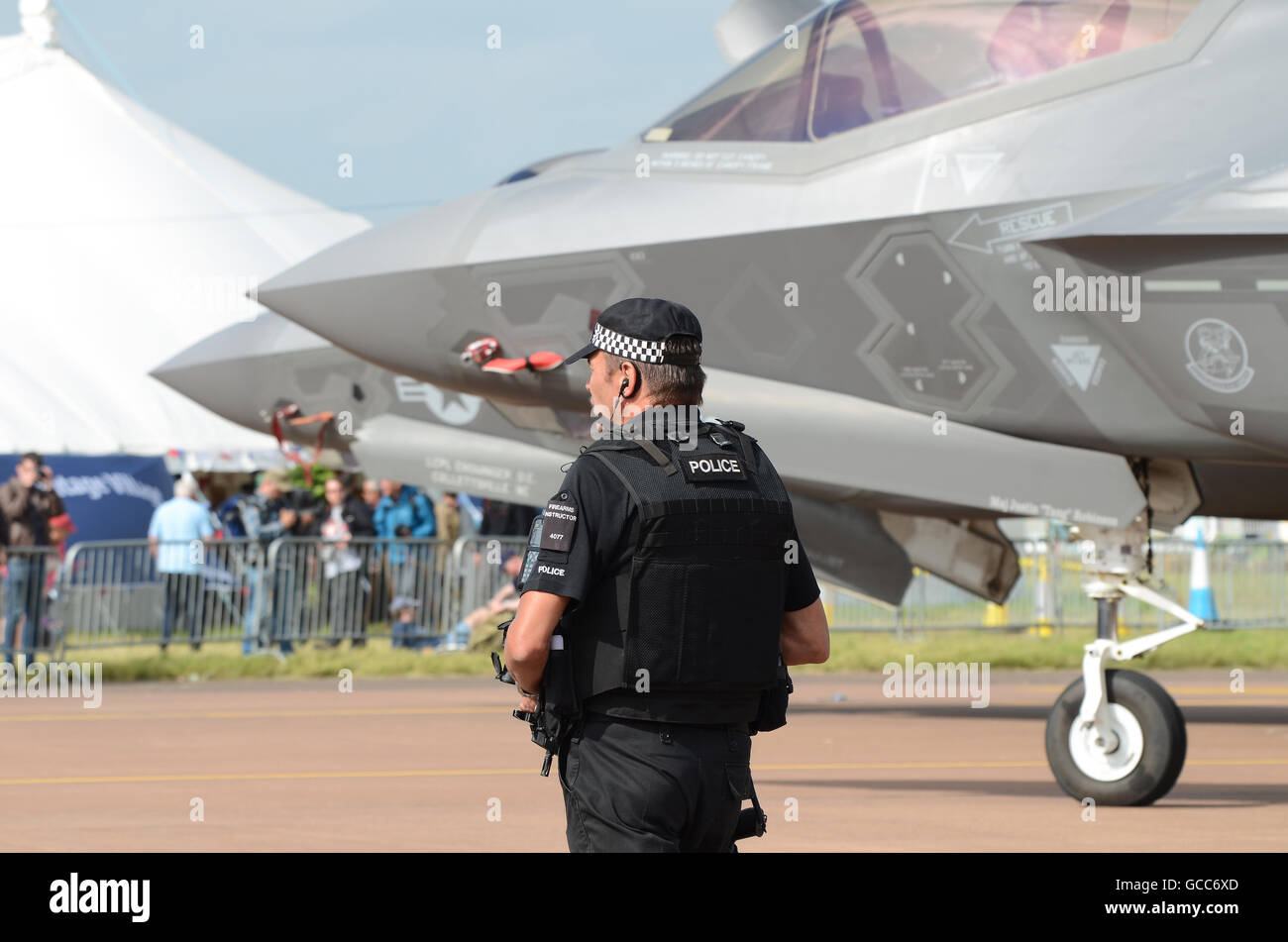 RAF Fairford. The opening day of the three day airshow saw the official public show debut of the Lockheed Martin - Stock Image