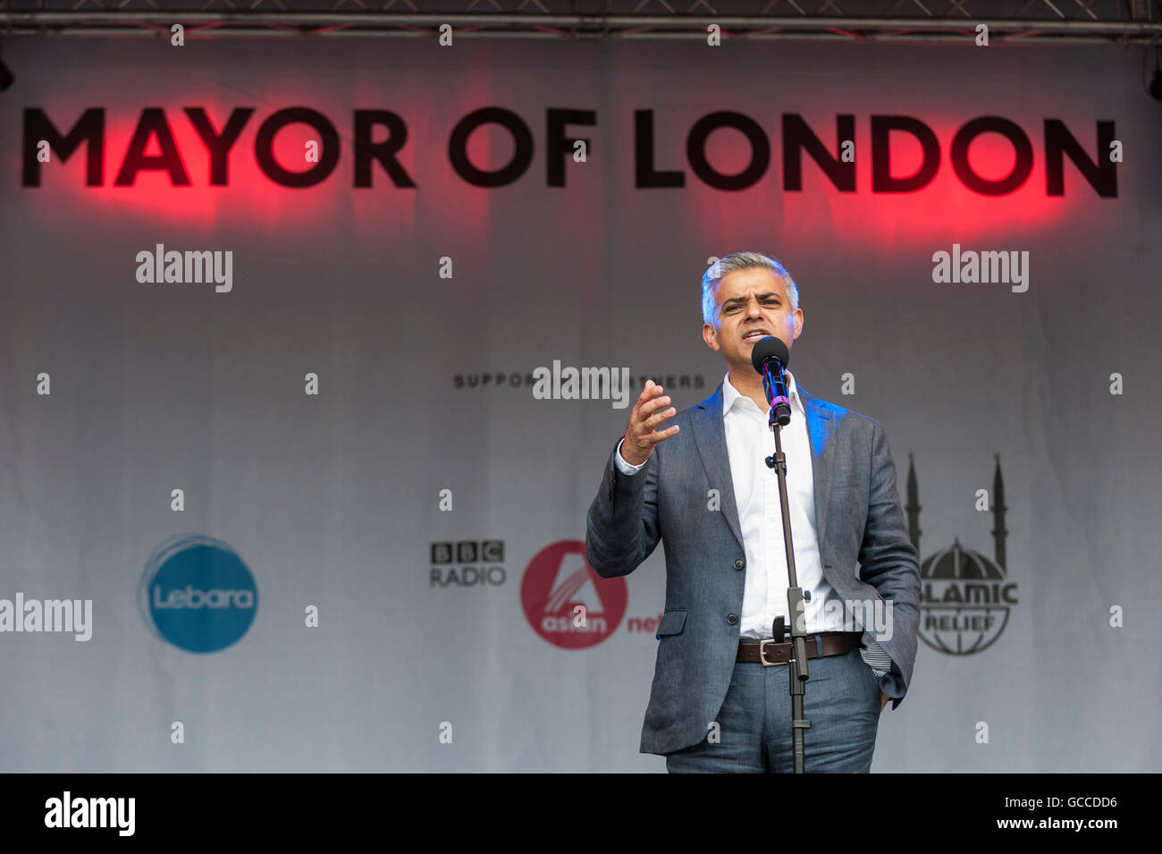 London, UK.  9 July 2016.  London's first Muslim Mayor of London,  Sadiq Khan, addresses large crowds on stage - Stock Image