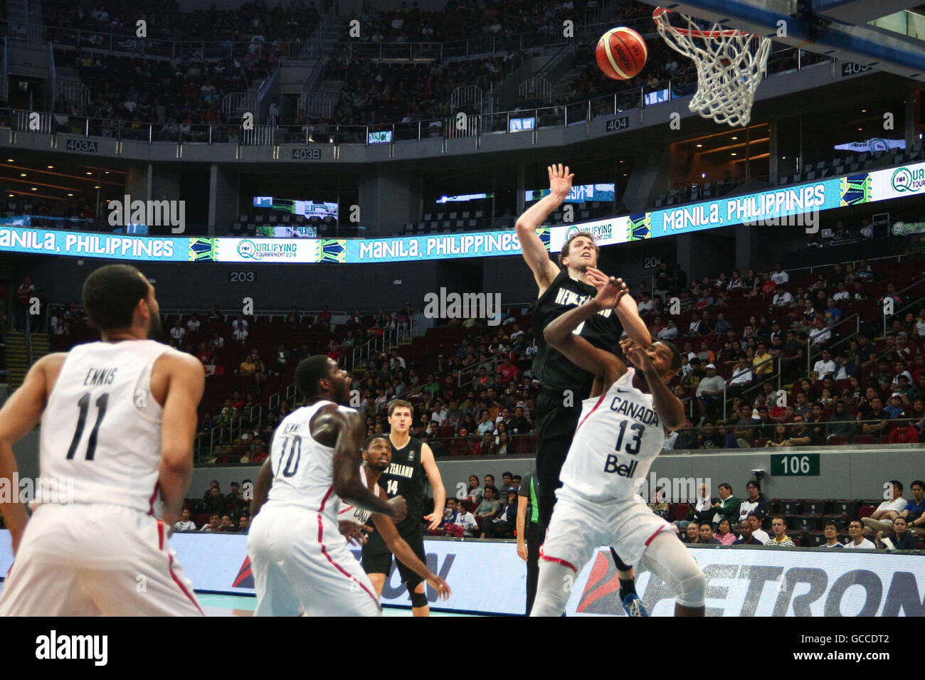 Philippines. 9th July, 2016. New Zealand and Canada played at the Mall of Asia Arena in Pasay City for the FIBA - Stock Image