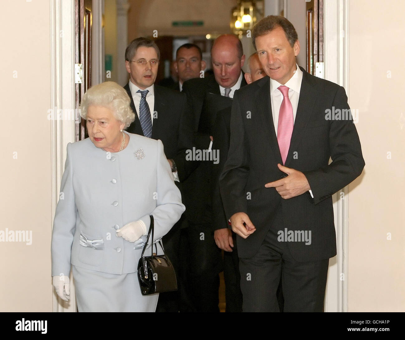 Queen visits Cabinet Office Stock Photo