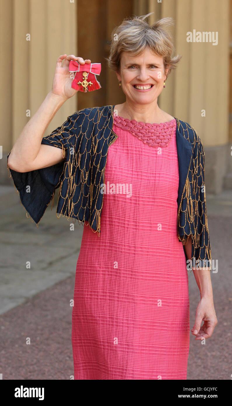 Composer Rachel Portman With Her Obe Stock Photos & Composer