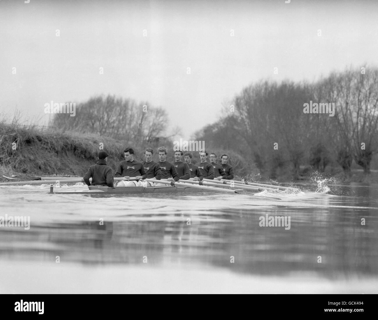 Rowing - The 108th Boat Race - Oxford University v Cambridge University - London - Stock Image