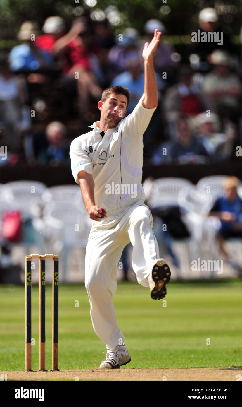 Cricket - Liverpool Victoria County Championship - Division Two - Day One - Derbyshire v Northamptonshire - Queen's - Stock Image