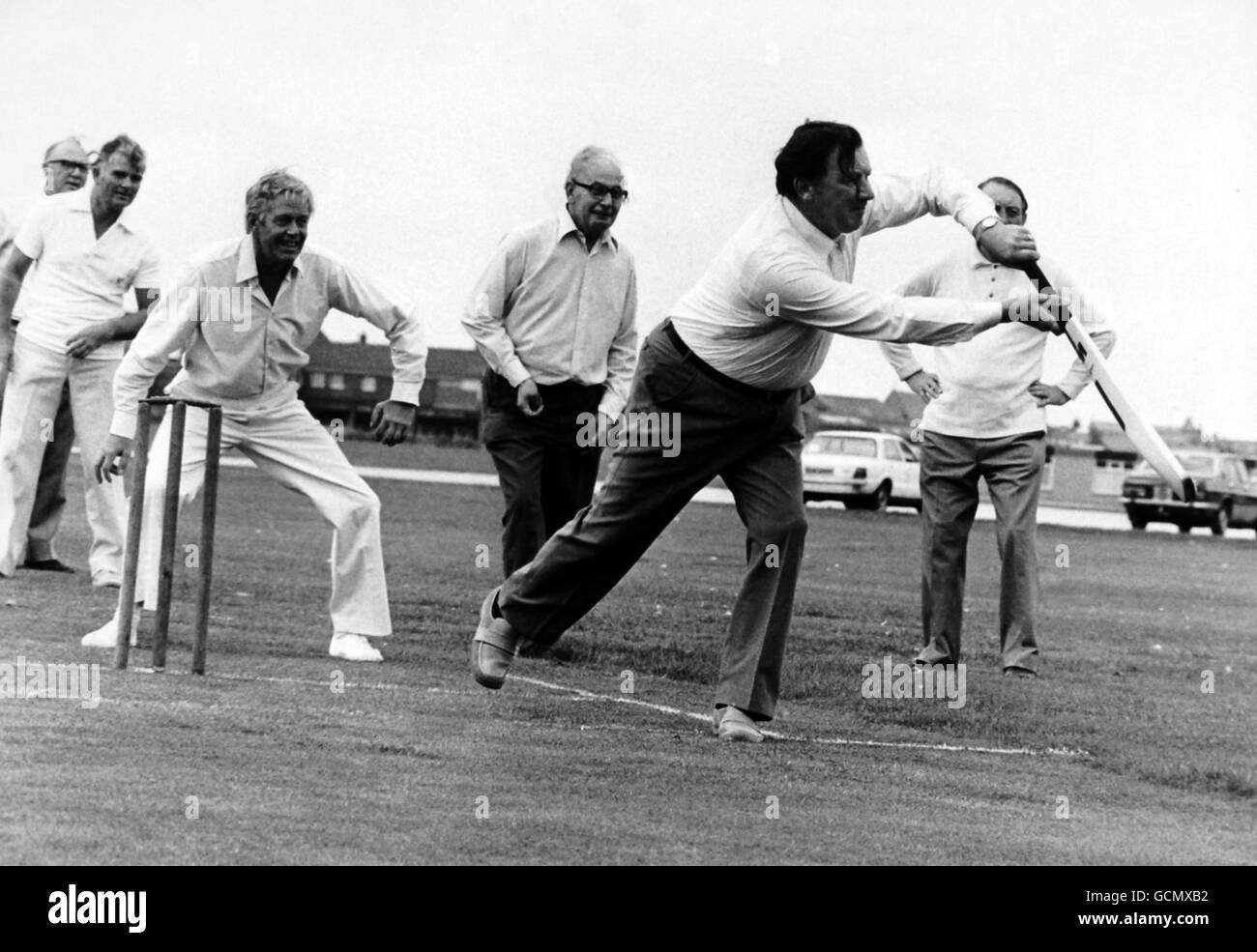 Cricket - Associated Society of Locomotive Engineers and Firemen v The Press - Blackpool - Stock Image