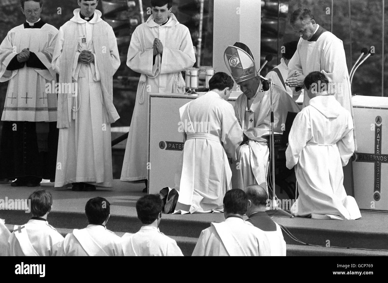 Religion - Pope John Paul II Visit to Britain - Manchester Stock Photo