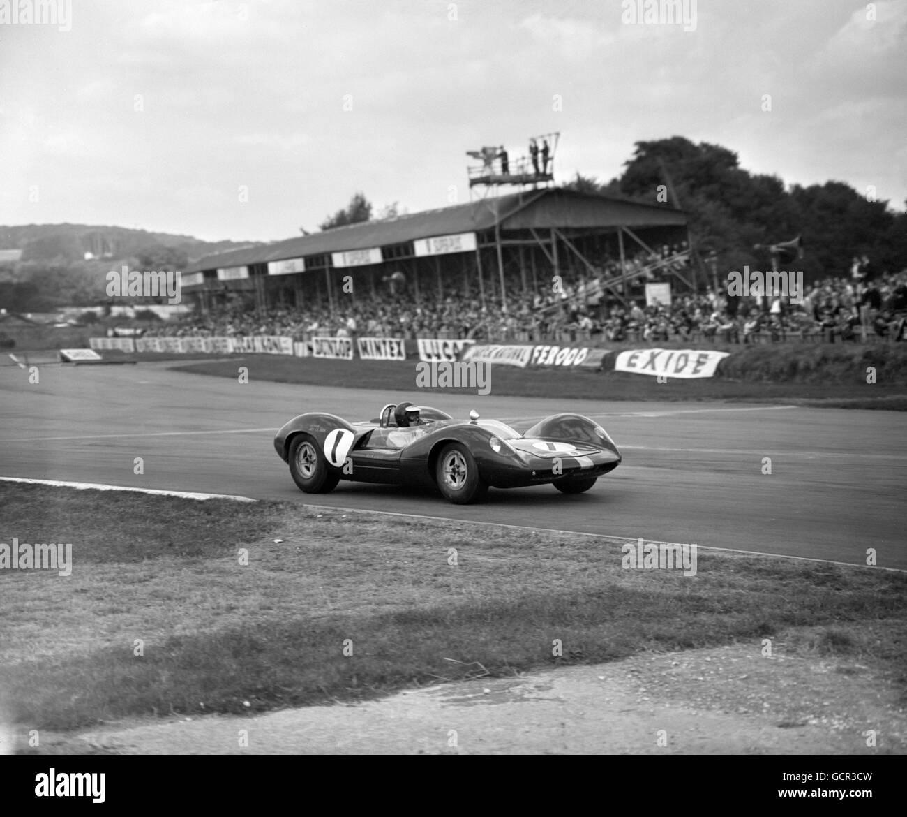 Motor Racing - 29th RAC Tourists Trophy - Goodwood - Stock Image