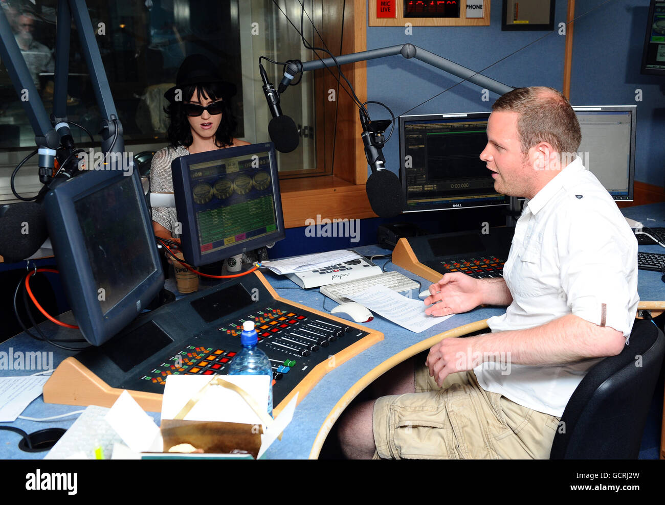 Katy Perry radio interview - Stock Image
