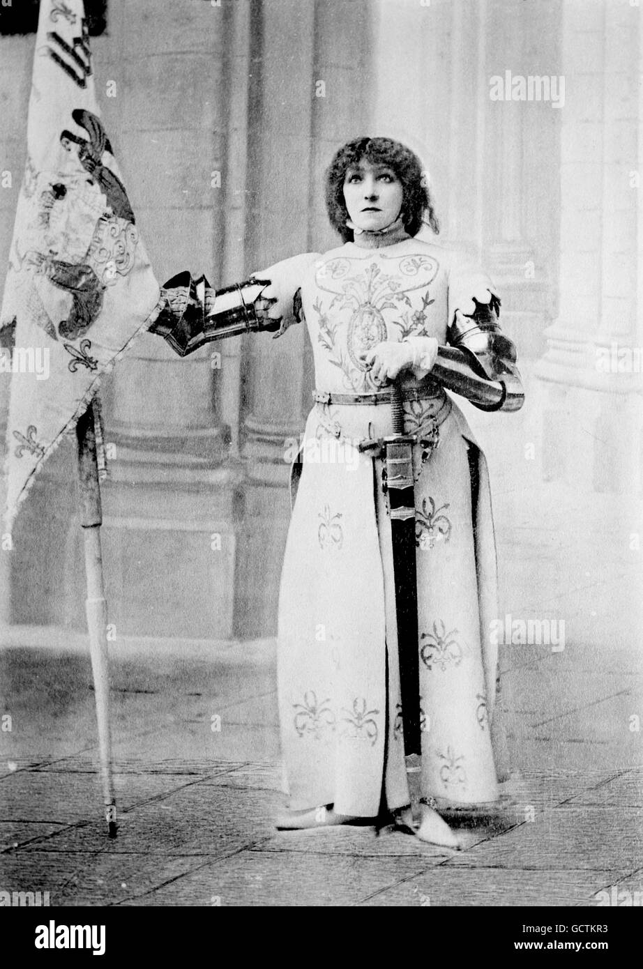 The French actress Sarah Bernhardt (1844-1923) as Joan of Arc (Jeanne d'Arc). Photo from Bain News Service, - Stock Image
