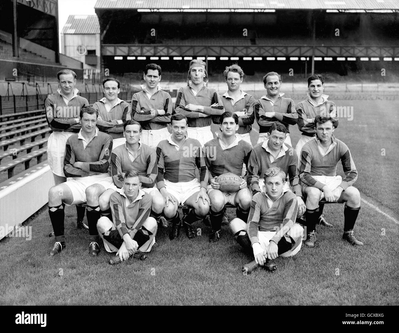 Rugby Union - Harlequins v United Services Portsmouth - Twickenham Stock Photo