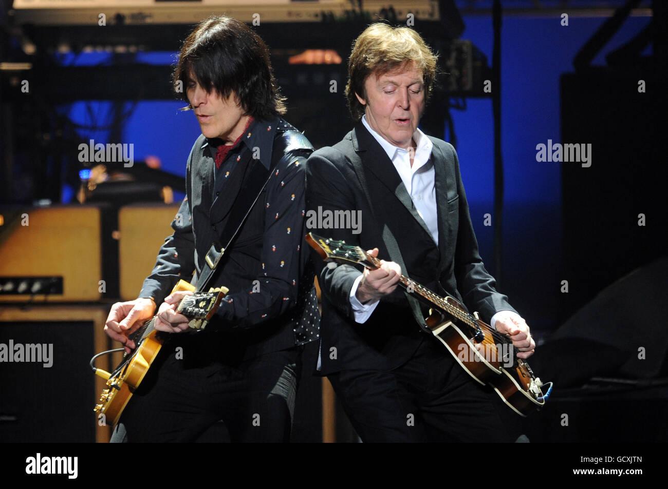 Paul McCartney in Concert - London - Stock Image