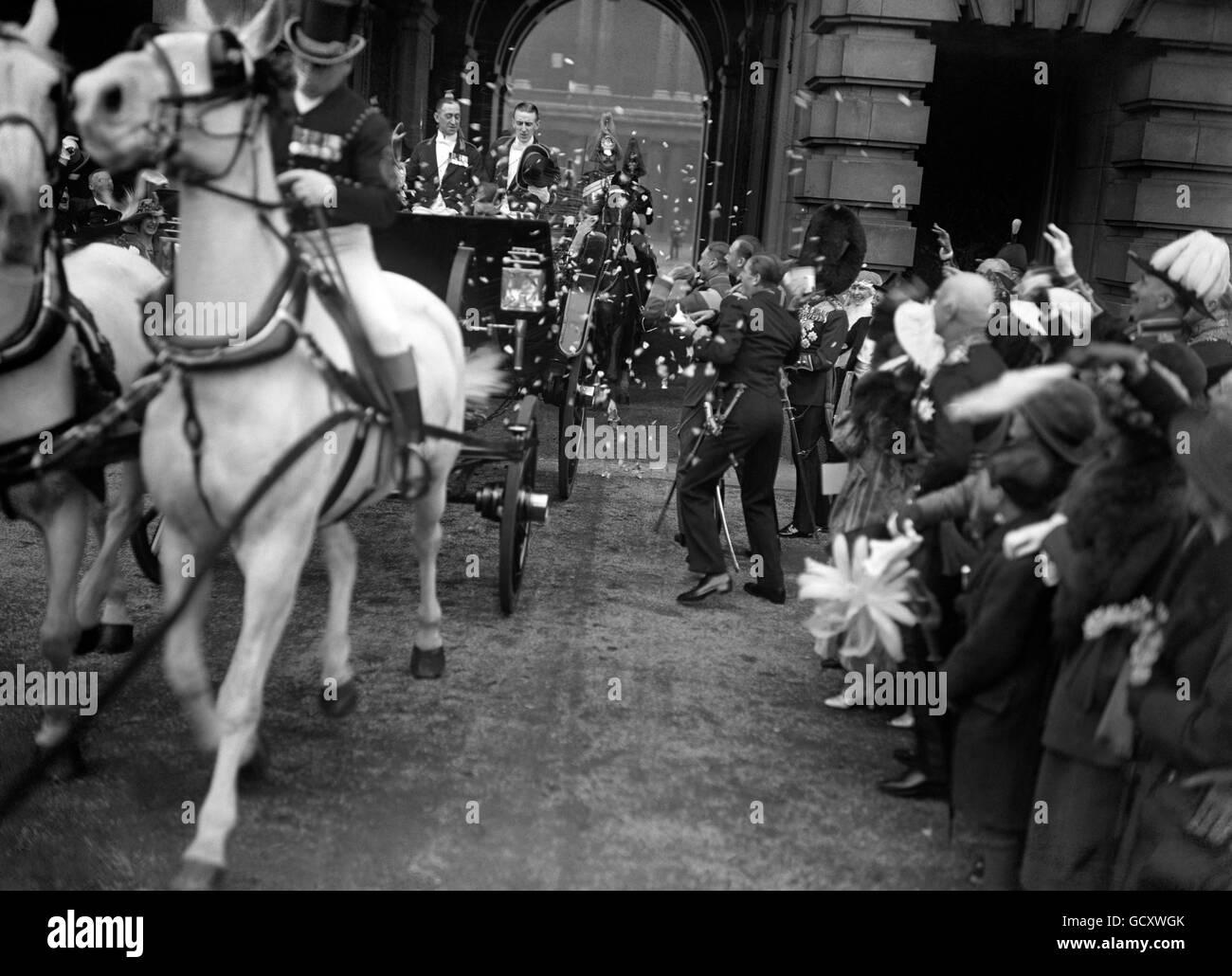 Royalty - Princess Mary and Viscount Lascelles Wedding - London - Stock Image