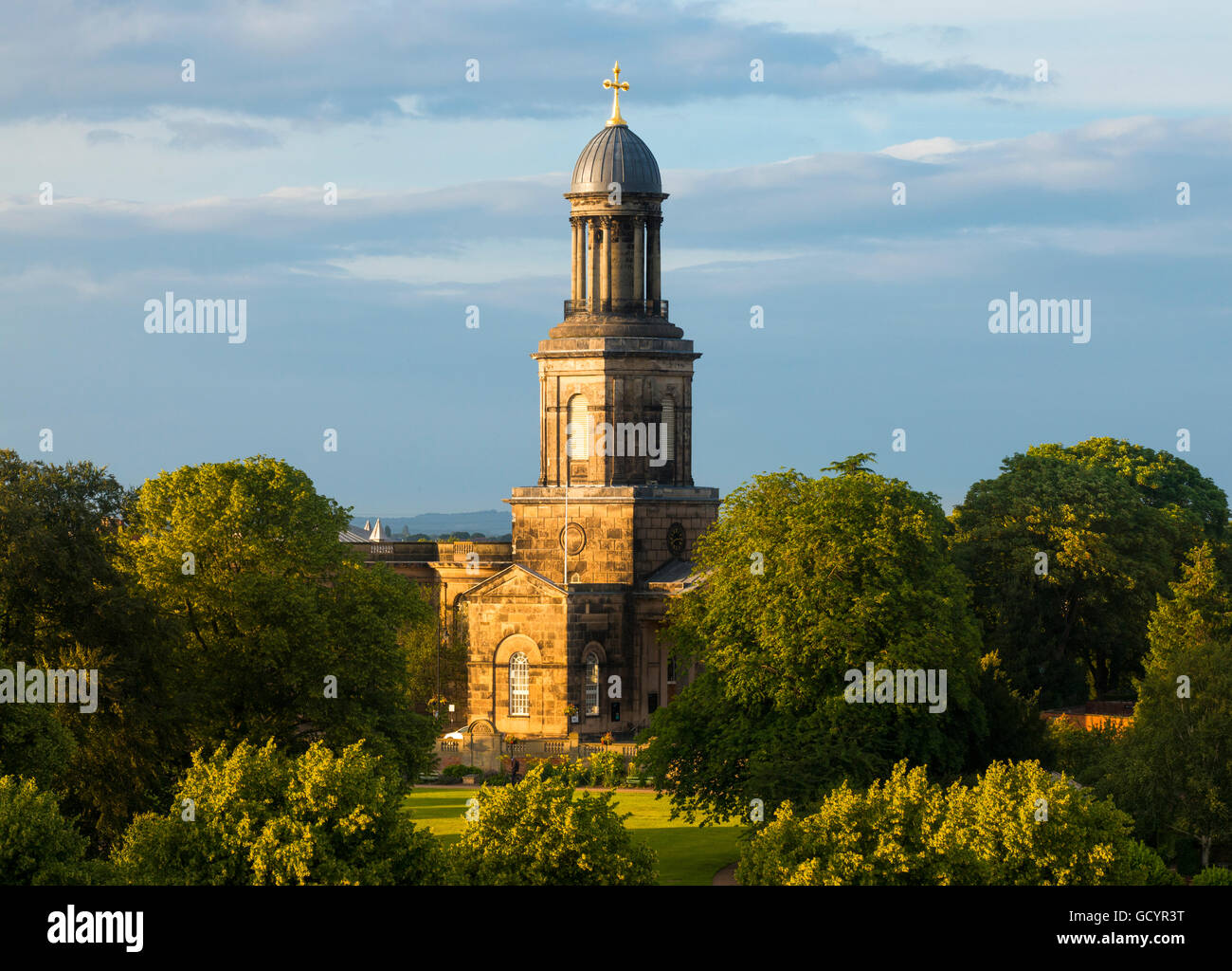 Evening light on St Chad's Church and the Quarry in Shrewsbury, Shropshire, England, UK. - Stock Image