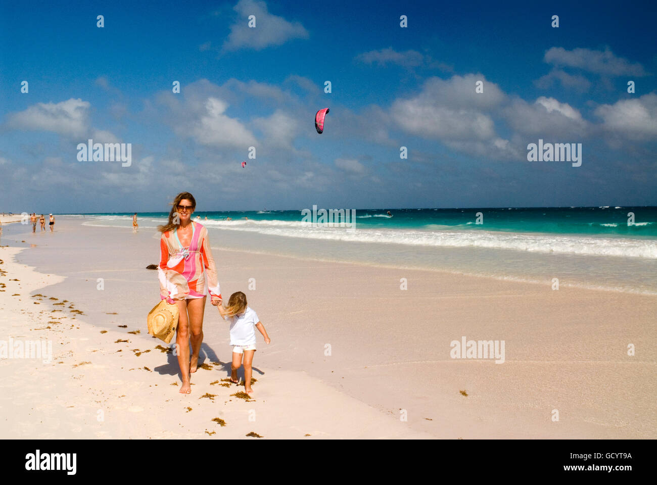 Pink Sands Beach Harbour Island Bahamas All Inclusive