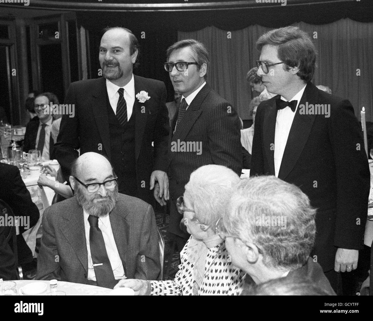 Frederic Dannay (seated, with beard) at an event hosted by the Mystery Writers of America - Stock Image