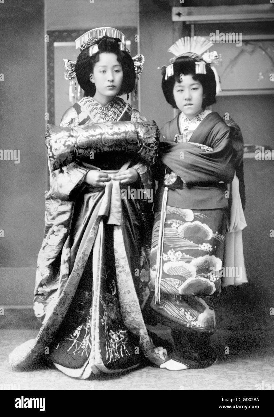 Japanese geishas tradition