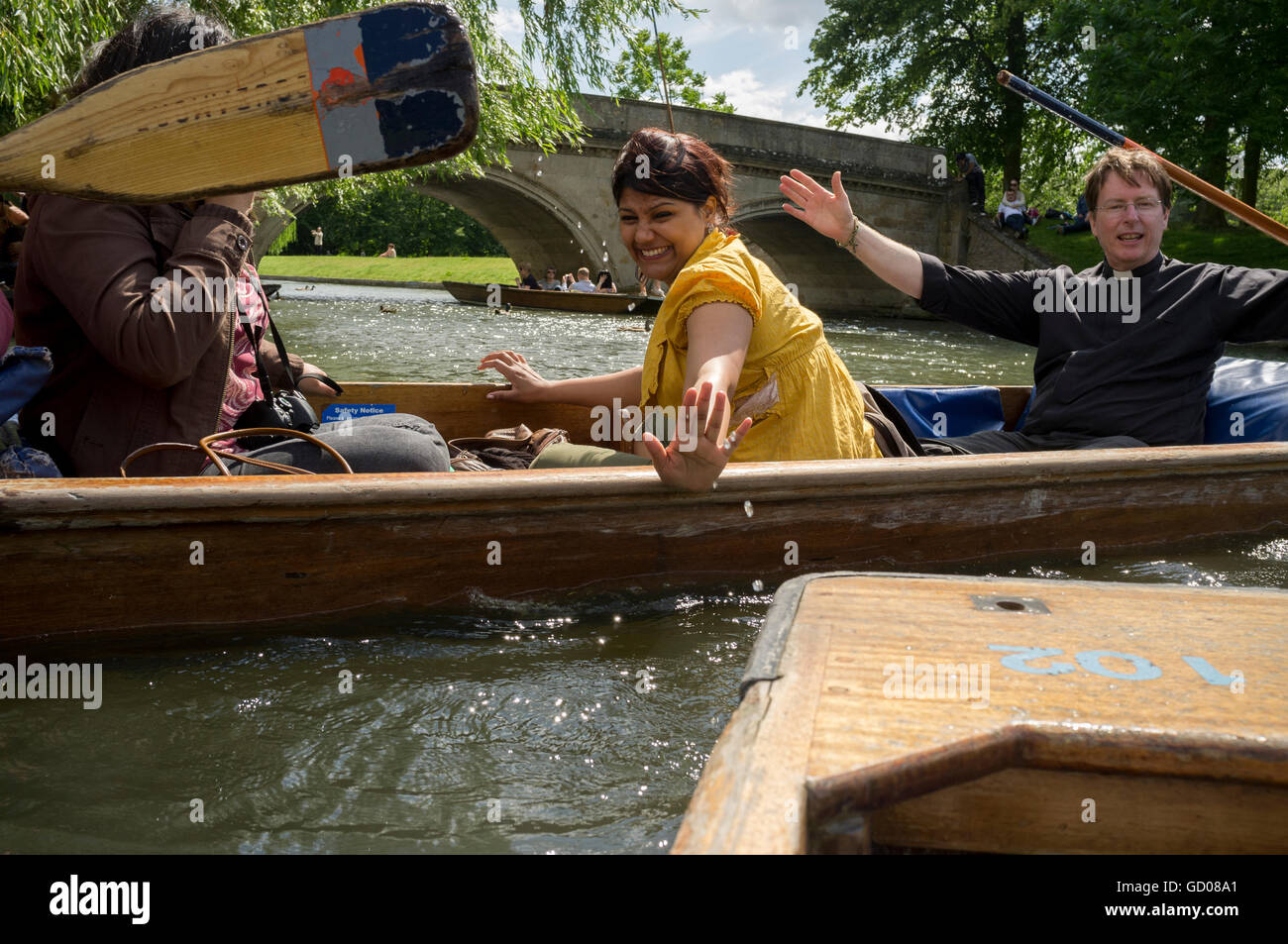 Imminent collision of punts on the River Cam - Stock Image
