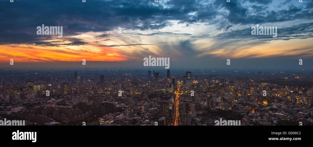 Tokyo sunset aerial panoramic view - Stock Image