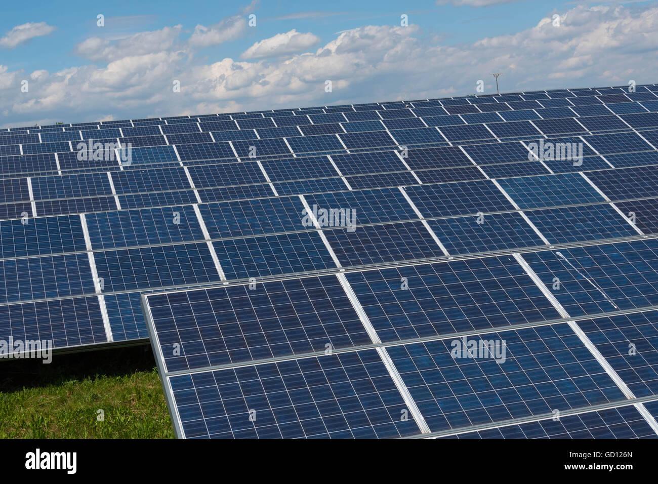 Solar power plant - Photovoltaic panels - renewable energie - Stock Image